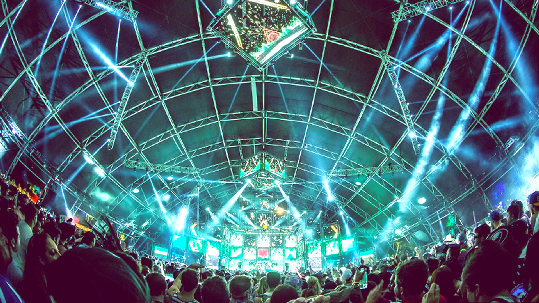 The Sahara tent in action